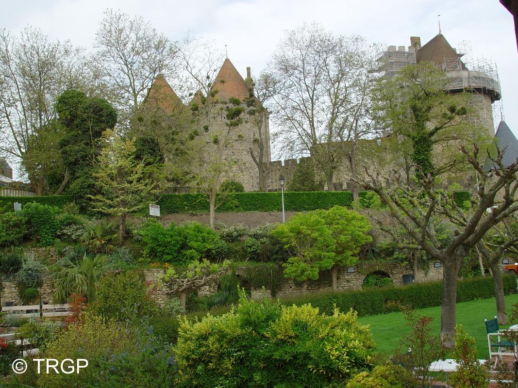 Du Chateau